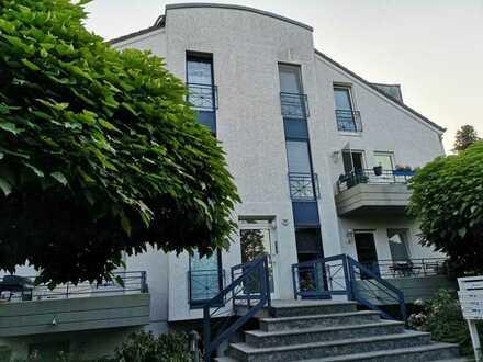 Helle moderne 70 m² 3 Zi Maisonette, Balkon, Terassse, 2 Bäder in Kreuzau-Winden