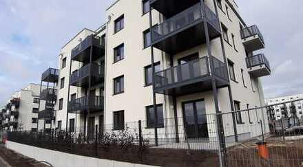 Erstbezug: 3-Zimmer-Wohnung mit Einbauküche, 2 Balkonen und Tiefgarage in Biesdorf