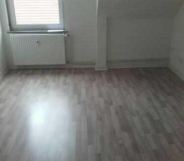2-Zimmer Dachgeschosswohnung zu vermieten!