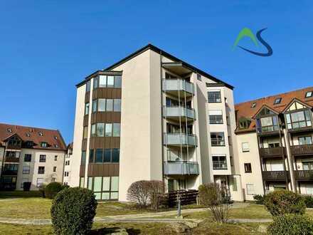 Großzügiges Apartment im zweiten Obergeschoss direkt an der Universität mit TG-Stellplatz und EBK