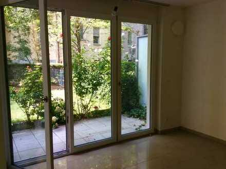 1.200€, 82 m², 3 Zimmer