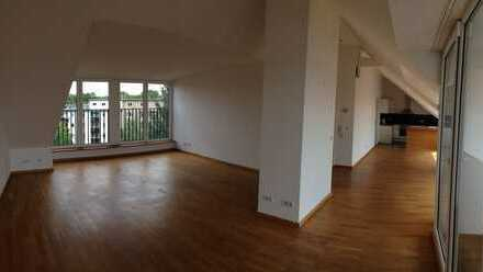 1.065€, 97 m², 2 Zimmer