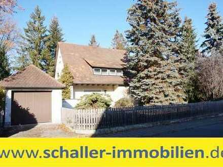 Freistehendes 1-2 Familienhaus mit großem Garten in Schwaig / Haus kaufen