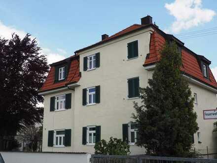 """Schicke große Wohnung """"beliebter klassischer Altbau"""" IN-Ringsee direkt am Hbf - ideale f. Paare!"""