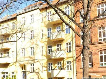 Helle 1-Zimmer-Altbauwohnung mit Balkon in Pankow, Nähe Prenzlauer Berg