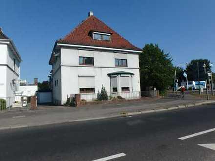 Zentrumsnahe Dachgeschoß-Wohnung