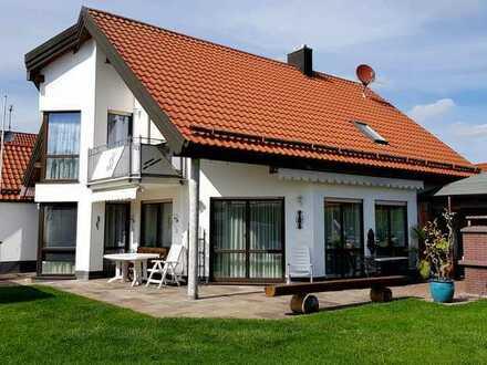 Exklusives Einfamilienhaus mit repräsentativer Architektur in Hurlach/Landkreis Landsberg am Lech