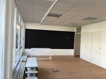 Bürofläche in der Waldmeisterstraße 72-74 (1. OG) zu vermieten