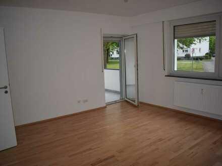 Stilvolle, vollständig renovierte 3-Zimmer-Hochparterre-Wohnung mit Balkon in Mainz Gonsenheim