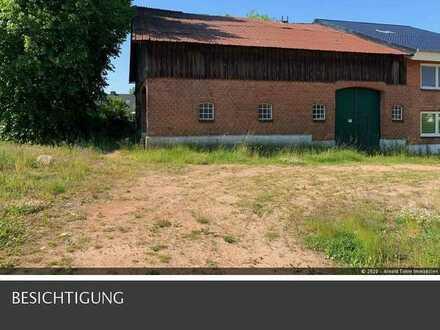 Grundstück nebst Nebengelass Scheune/Stall + 2 Garagen in 24226 Heikendorf.