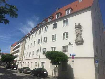 Schöne zwei Zimmer Wohnung in Ingolstadt, Mitte