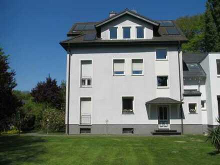 Helle möblierte Wohnung im Grünen zwischen Südpark und Forstwald