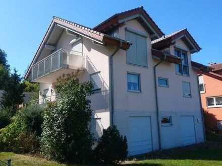 Traumhaus am Ortsrand mit hochwertiger Ausstattung und toller Aussicht!