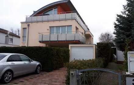 Exklusive, vollständig renovierte 3,5-Zimmer-Maisonett-Wohnung mit Balkon und Sonnenterrasse