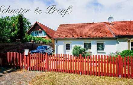Schuster & Preuß - malerische Ostprignitz - kleines Wohn / Ferienhaus auf großem, langem Grundstü...