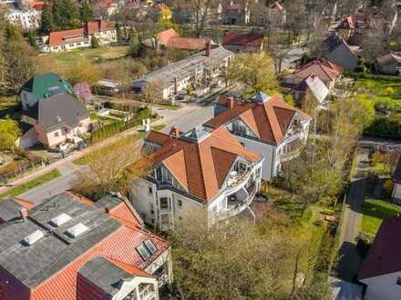 Provisionsfreie Dachgeschosswohnung mit 4 Zimmern, 3 Balkonen und toller Galerie