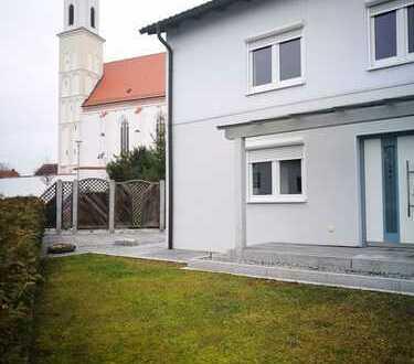 charmantes teilrenoviertes Häuschen mit kleinem Garten im Ortskern von Ergolding