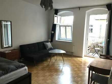 Exklusive, geräumige 1-Zimmer-Wohnung mit Balkon und EBK, Berlin Prenzlauer Berg , Kopenhagener str