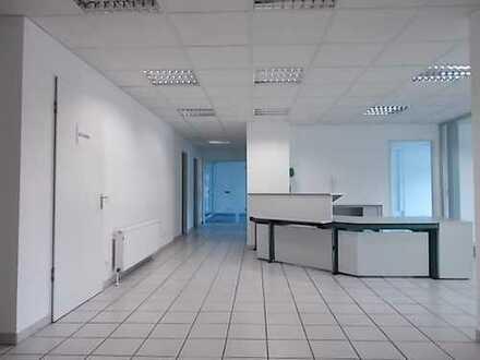 Praxis / Büro ca. 200 m² im 1. OG zentral in Berenbostel