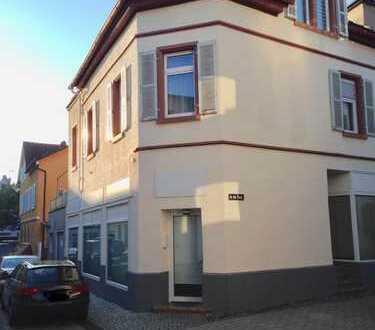 --- Charmantes Ladengeschäft / Büro in Fußgängerzone Bensheim ---