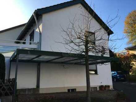 Gut geschnittenes, helles Haus mit fünf Zimmern in Bonn-Bad Godesberg