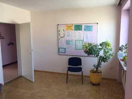 5 ZBK, Balkon, separates WC, Zentrale Lage, 2.OG