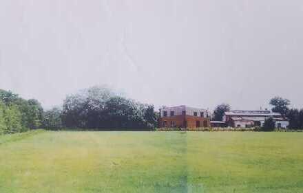 Unbebautes Grundstück mit einer Größe von 10.106,00 m² in Randlage der Kreisstadt Burg