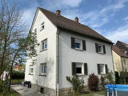 Hübsches, renoviertes 3-Familienhaus auf großem Grundstück in Crailsheim
