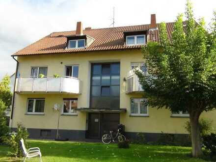 *** TOP-Wohnung von privat *** 1 ZKB mit rießigem Balkon - Anschauen lohnt !!! -