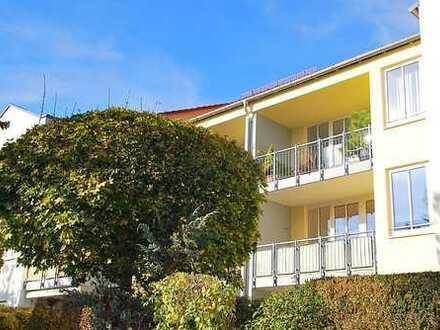 *Erstbezug nach Renovierung* sonnige 2 Zimmer Wohnung in ruhiger Toplage ! Loggia und TG Stellplatz