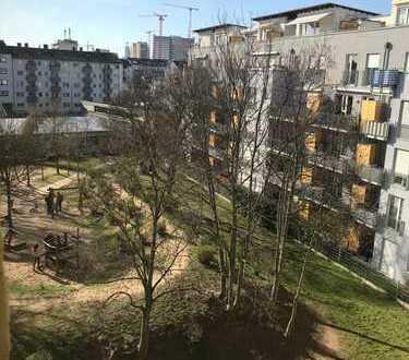 Wohlfühlen in Offenbach! Großzügige 3-Zimmer Wohnung mit Potential sucht Sie!