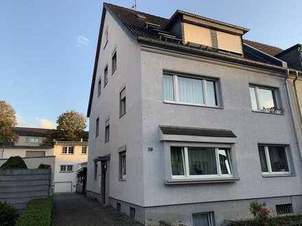 Vermietetes 4-Parteienhaus in Duisdorf sucht neuen Eigentümer!
