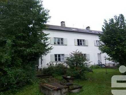 Erbbaurecht-Reiheneckhaus mit 3 Wohnungen in Memmingen