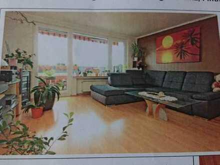 Exklusive, vollständig renovierte 3-Zimmer-Wohnung mit Balkon und Einbaukauküche in Mainz-Gonsenheim