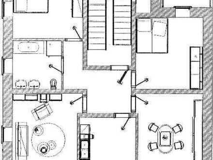 4,0-Zimmerwohnung mit Balkon!