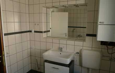 Schöne, geräumige drei Zimmer Wohnung neues Bad in , Idar-Oberstein Stadteil Oberstein zu vermieten