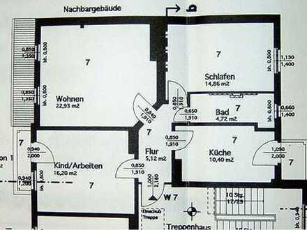 +++3-Raum-Dachgeschosswohnung mit 2 Balkonen+++