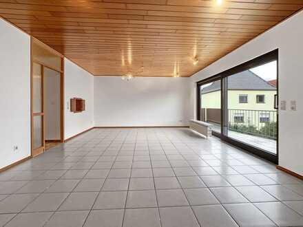 Altrip - gepflegte 4 ZKB/Balkon Wohnung mit Garage