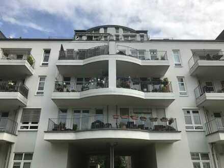 Time to smile ! Großzügige 3 1/2 Zimmer-Maisonette-Wohnung in Poppelsdorf !
