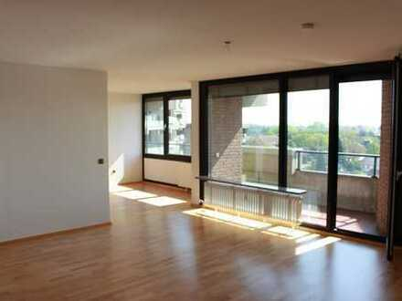 Frisch renovierte 3-Zimmer-Wohnung mit fantastischem Ausblick