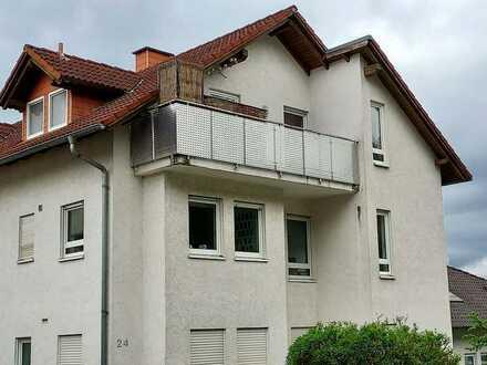 Gepflegte 2-Zimmer-DG-Wohnung mit Balkon und EBK in Pfinztal