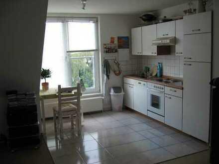 Mini Penthouse -Wohnung mit Einbauküche in Eißendorf, Hamburg