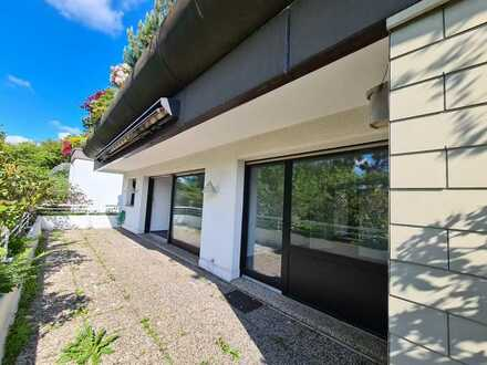 Terrassenwohnung! Frisch renovierte Eigentumswohnung mit Garage in begehrter Wohnlage!