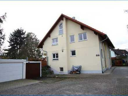 Traumhafte Masonette-Wohnung mit großzügigem Balkon, Schwedenofen, Einbauküche und Einzel-Garage!