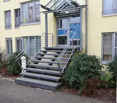 Provisionsfreie 4-Zimmer-Wohnung auf 2 Etagen mit Balkon, Einbauküche & Tiefgarage in Rhein-Nähe