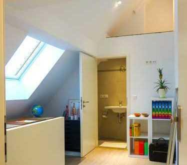 Hochwertig renovierte 1-Zimmer-App. - komplett möbliert, mit eigenem Duschbad u. Gemeinschaftsküche