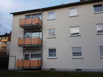 Ansprechende provisionsfreie 4-Zimmer-Wohnung mit Balkon und EBK in Eisenberg (Pfalz)