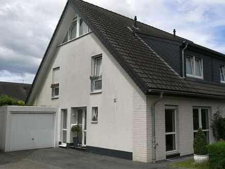 Wunderschöne Doppelhaushälfte in Topplage von Pulheim Stadt