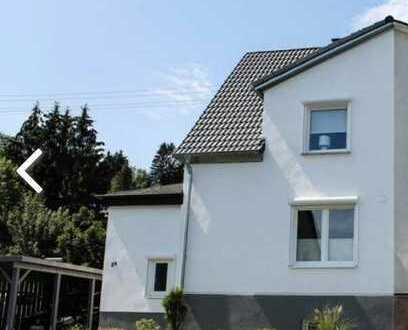 Sonnig gelegene, kleine Doppelhaushälfte in Betzdorf / Kreis Altenkirchen