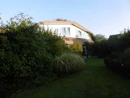 Gepflegte 4-Zimmer-DHH mit Garten in Wiefelstede